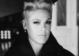 "PINK: Neues Video zu ""Walk Me Home"" – Album kommt am 26. April"