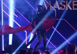THE MASKED SINGER: Stefanie Hertl war der Panther!
