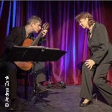 Sozusagen grundlos vergnügt - Ein Abend mit Liedern und Lyrik von Mascha Kaléko in HAMBURG NIKOLAIFLEET, ANLEGER * Das Schiff