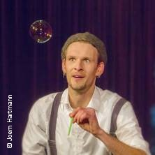 Jan der Märchenzauberer - Väterchen Frost und das Schneemädchen (Zaubertheater) in BERLIN * BKA Theater