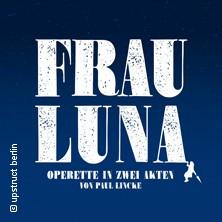 Frau Luna - Tipi am Kanzleramt in Berlin