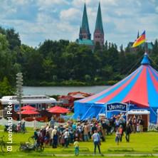 UBUNTU: Lumea - Tumult im Fischerdorf - Sommertournee 2018 in SCHLESWIG * Königswiesen Schleswig,
