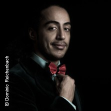 Masud Akbarzadeh: Masud - Fucking Famous in ERFURT * DASDIE LIVE,