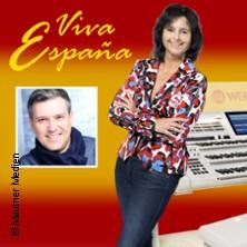 Viva España: Claudia Hirschfeld + Oscar Marin