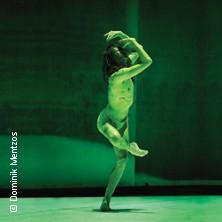 Dresden Frankfurt Dance Company: Zweiteiliger Ballettabend / New Creations von Jacopo Godani in FRANKFURT * Bockenheimer Depot,