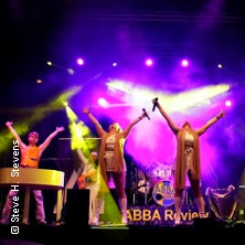 Waterloo - The ABBA Show - A Tribute to ABBA with ABBA Review in NEUMÜNSTER * Theater in der Stadthalle