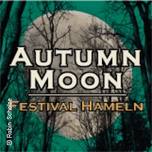 Autumn Moon Freitagticket