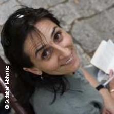 Sudabeh M. in MAINZ * Lomo Mainz,