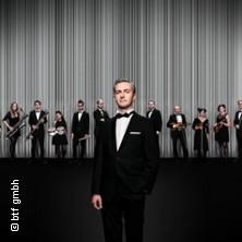 Jan Böhmermann & das Rundfunk Tanzorchester Ehrenfeld in OFFENBACH AM MAIN * Stadthalle Offenbach