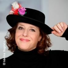 Luise Kinseher in BERATZHAUSEN * Festzelt am Volksfestplatz,