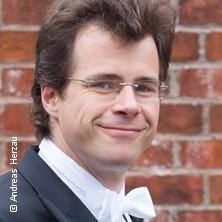 Die Moldau - Jakub Hrusa, Dirigent - Bamberger Symphoniker in BADEN-BADEN * Festspielhaus Baden-Baden,