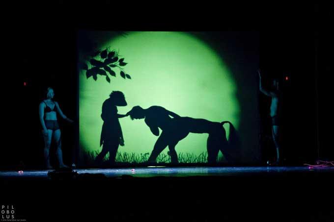 PILOBOLUS Dance Theatre Shadowland - PILOBOLUS Dance Theatre Shadowland