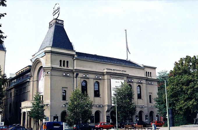 Berliner Ensemble - Berliner Ensemble