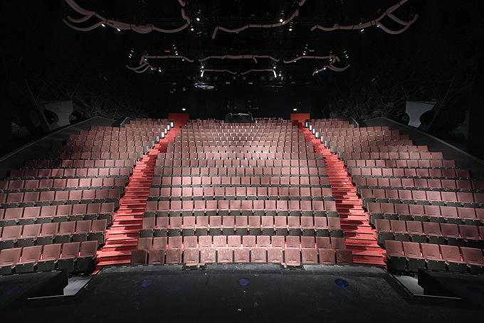 Stage Bluemax Theater Berlin Tickets Bei Eventim