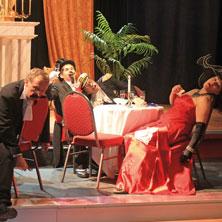 Krimi zum Dinner inkl. 4-Gänge-Menü - DASDIE Brettl