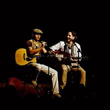 Graceland : Simon & Garfunkel Tribute Duo