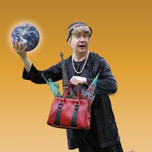 Bild für Event Ilse Bähnert - Mit 80 Jahren um die Welt / Tom Pauls geht als Ilse Bähnert auf große Reise