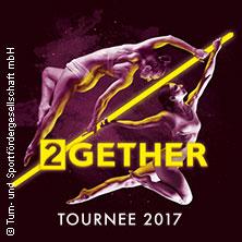 Feuerwerk der Turnkunst: 2GETHER Tour in DÜSSELDORF * ISS DOME,