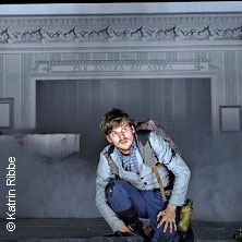Im Westen nichts Neues - Niedersächsische Staatstheater Hannover in HANNOVER * Schauspielhaus,