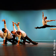 """Best Of """"Rock The Ballet"""": Bad Boys Of Dance"""