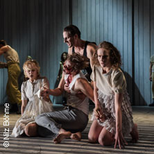 Antigone und Ödipus - Theater Magdeburg in MAGDEBURG * Bühne im Schauspielhaus,