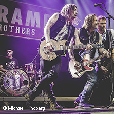 Mike Tramp & Band of Brothers in REGENSBURG * Leerer Beutel,