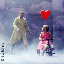 Die Stunde da wir nichts voneinander wußten - Theater Magdeburg in MAGDEBURG * Bühne im Schauspielhaus,