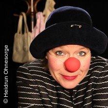Die Clownin erwacht - Galli Theater Hamburg in HAMBURG * Galli Theater Hamburg,