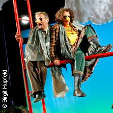 Dreier steht Kopf - Theater Dortmund