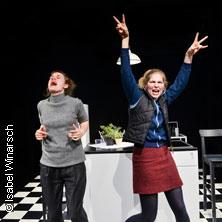Gespräch wegen der Kürbisse - Deutsches Theater in Göttingen