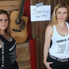 Backstage - Women on Tour - Sonja Gründemann + Esther Jung