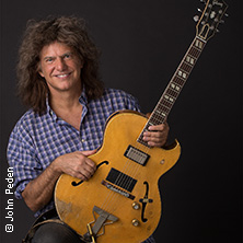 Pat Metheny Side-Eye